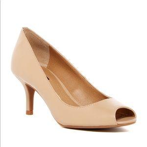 TAHARI Janna Open Toe Leather Pumps Nude Size 7.5M